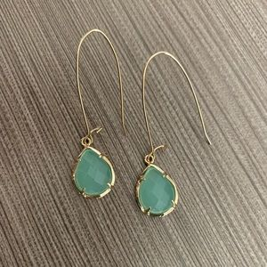 NWOT Green Dee Kendra Scott Earrings